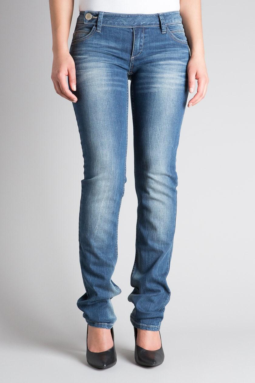 J'ai trouvé une idée de look sur jean-femme.biz