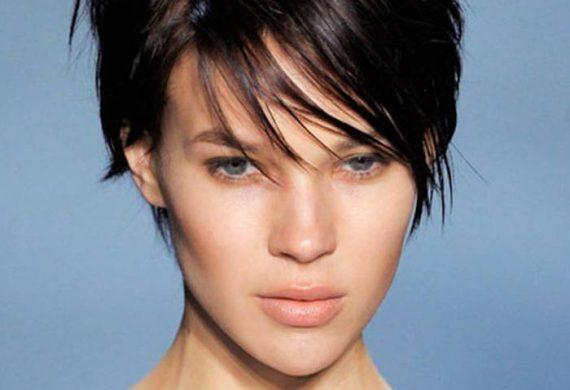 coupe de cheveux courte pour femme
